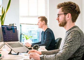 Venta de equipos de cómputo y desarrollo de páginas web